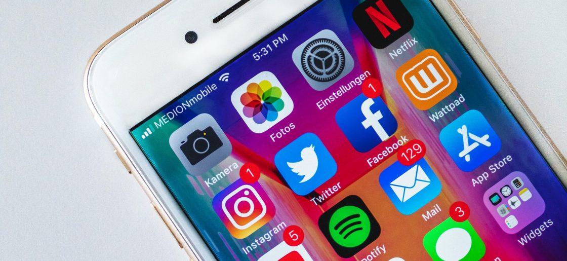 Ar socialinio tinklo valdytojas atsako už šio tinklo naudotojo neteisėtais veiksmais padarytą žalą?
